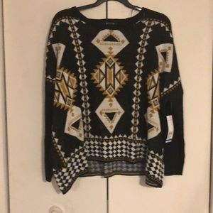 Beautiful poncho look sweater size XL